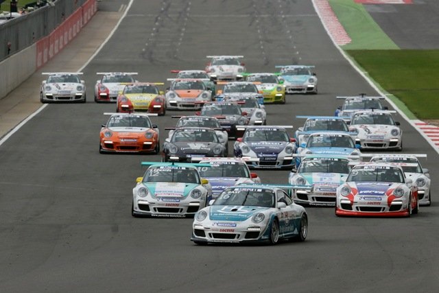 Sebastien Loeb va lua startul in Porsche Supercup