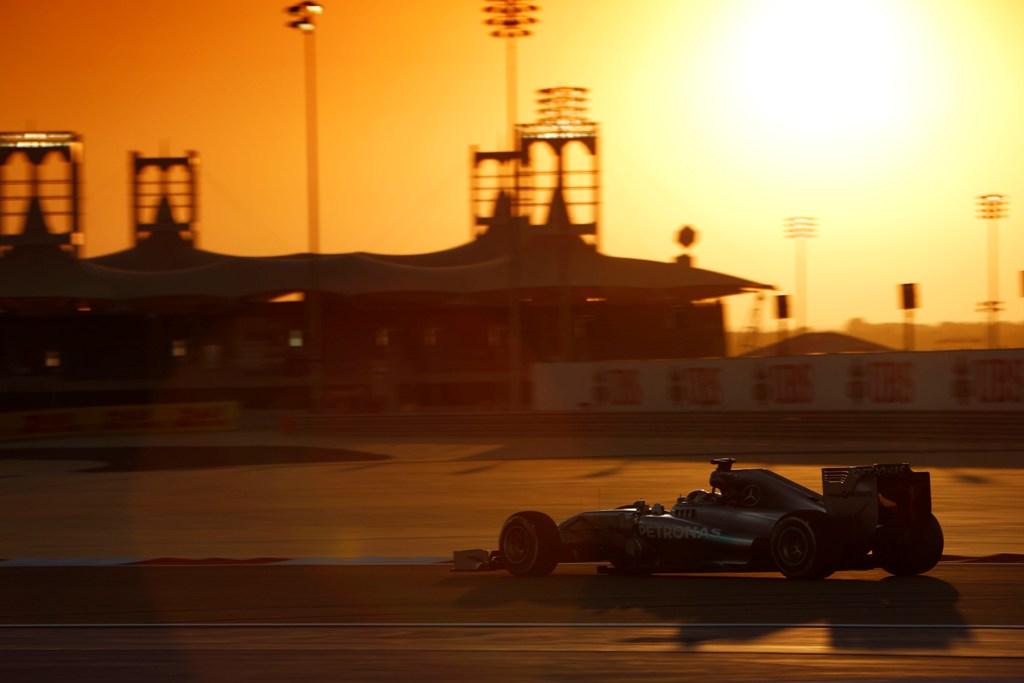Lewis Hamilton a castigat MP al Bahrainului