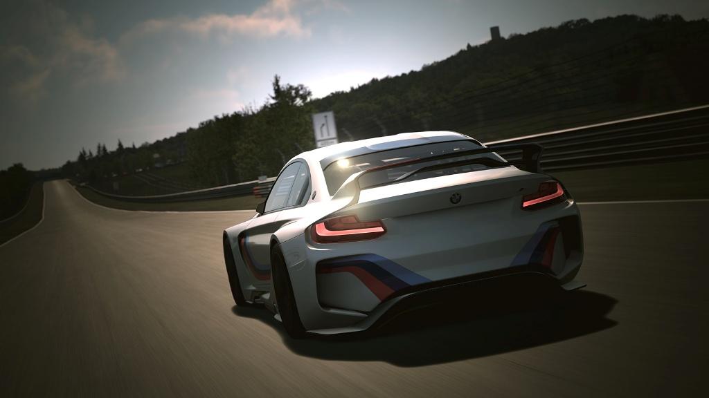 BMW Vision Gran Turismo, model de curse pentru Gran Turismo 6, jocul din care se nasc piloti