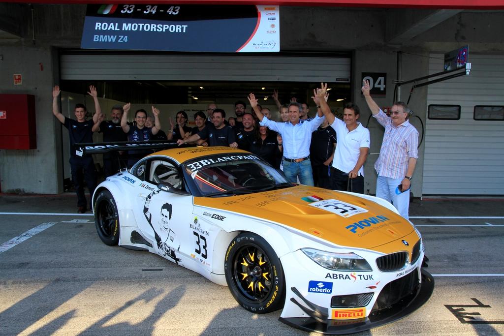 Grafica noua pentru modelul BMW Z4 GT3 pilotat de Alessandro Zanardi