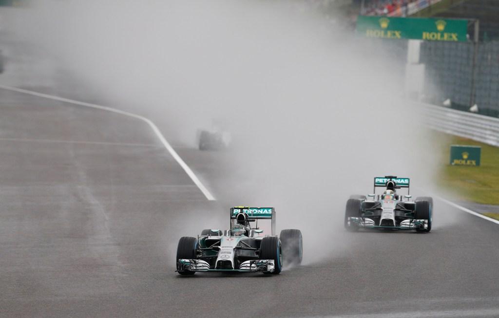 Lewis Hamilton a castigat Marele Premiu al Japoniei