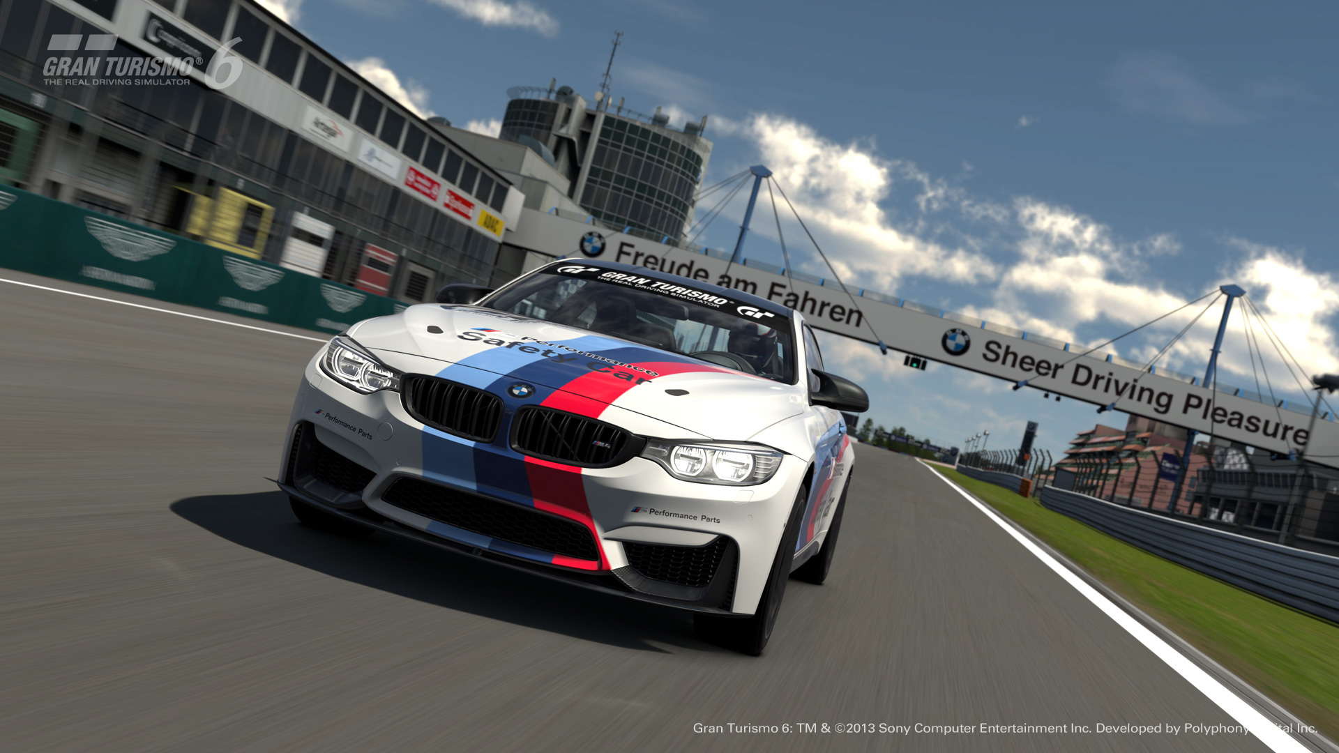 BMW M Performance M4 Safety Car pentru Gran Turismo 6