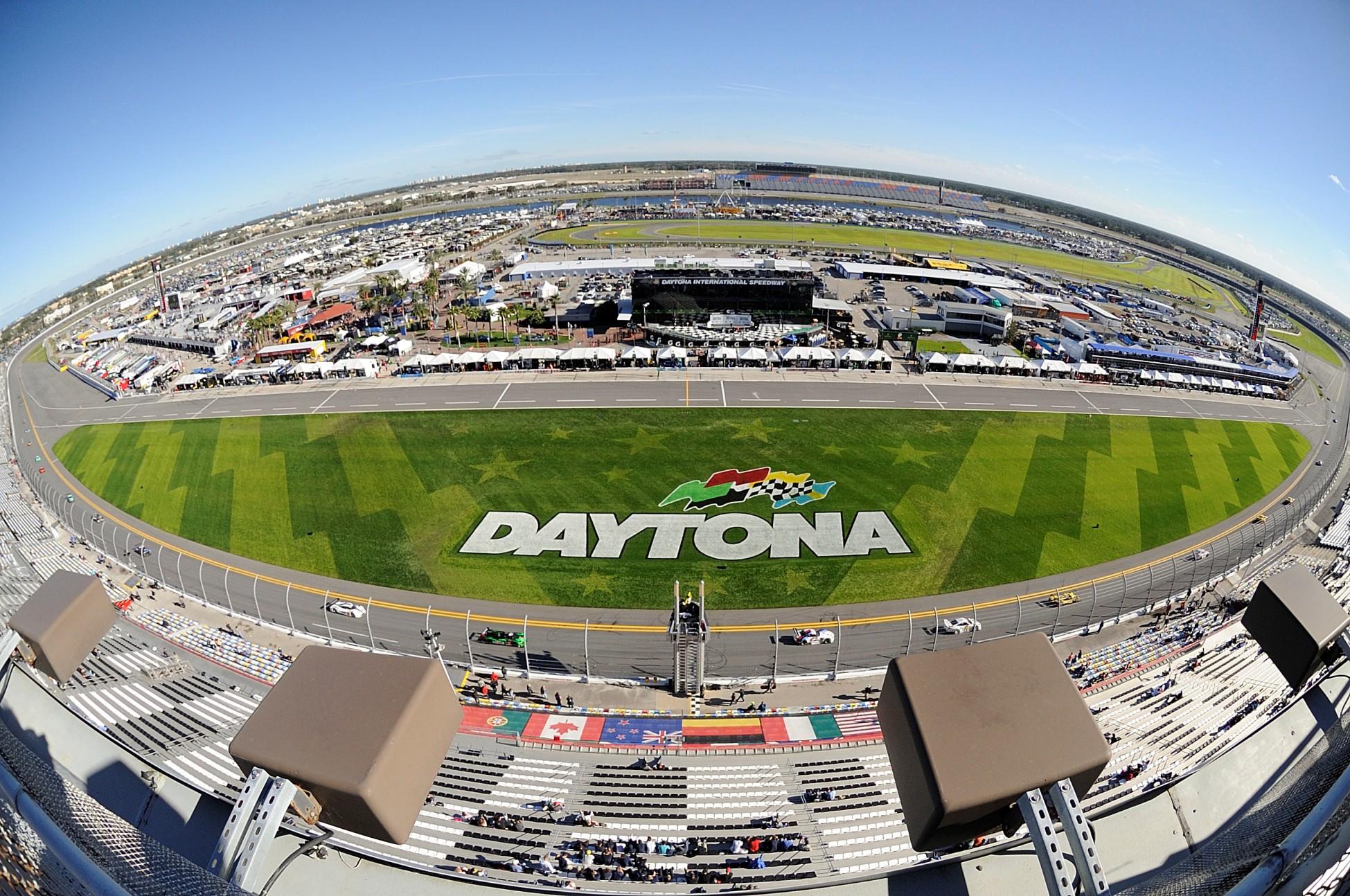 BMW Team RLL a luptat pana in ultima secunda la Daytona 24H