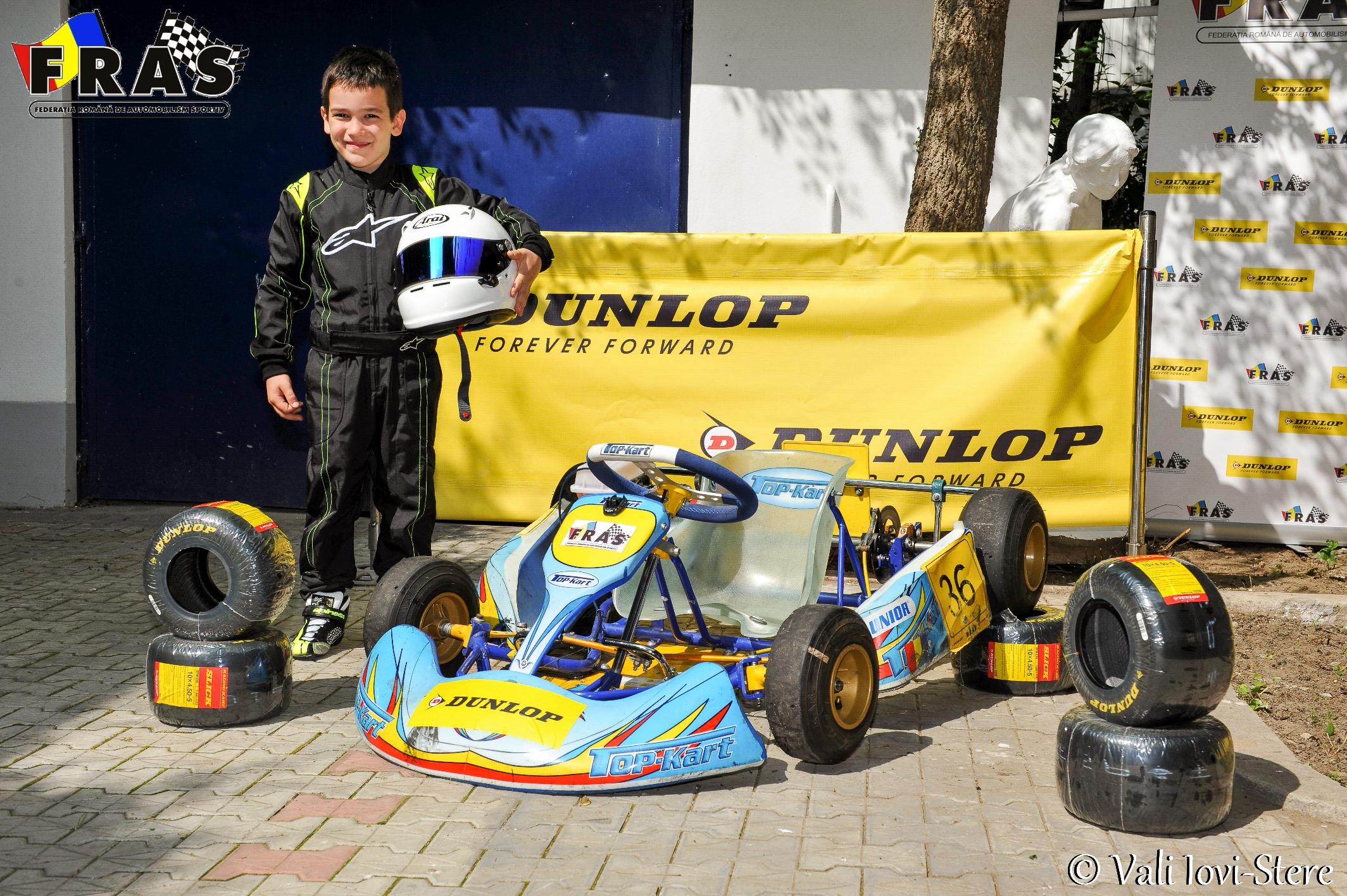 Juniorul Shark Racing, Andrei ENE, debuteaza in Campionatul National de Karting Dunlop
