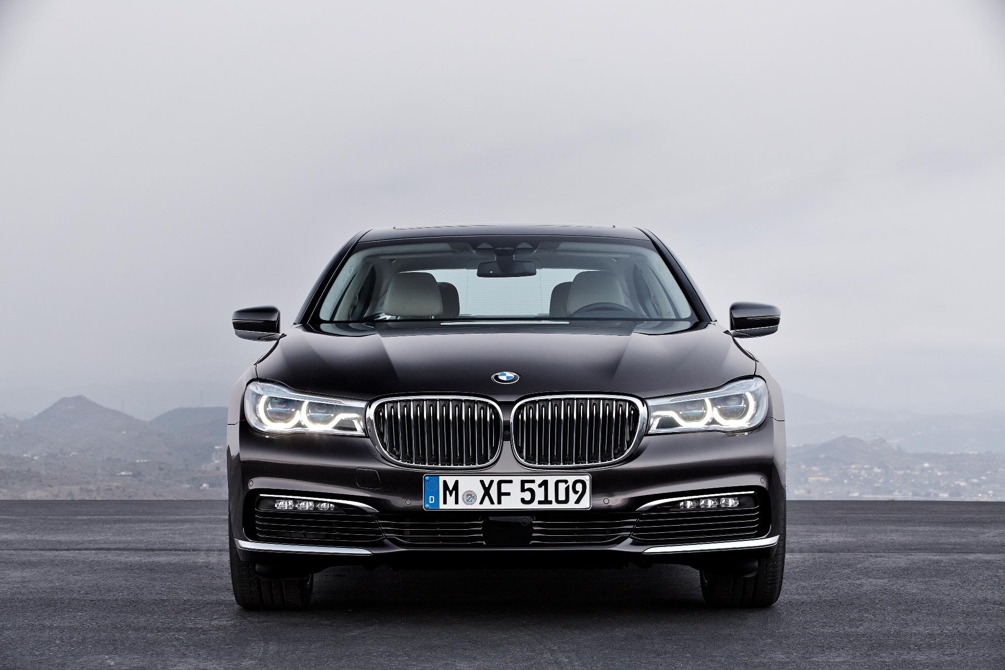 Noul BMW Seria 7 s-a prezentat publicului