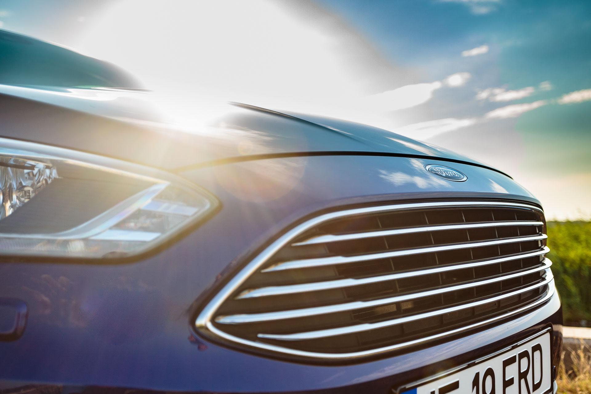 Drive-test Ford C-MAX 2.0 TDCI 150 CP Aut – Titanium