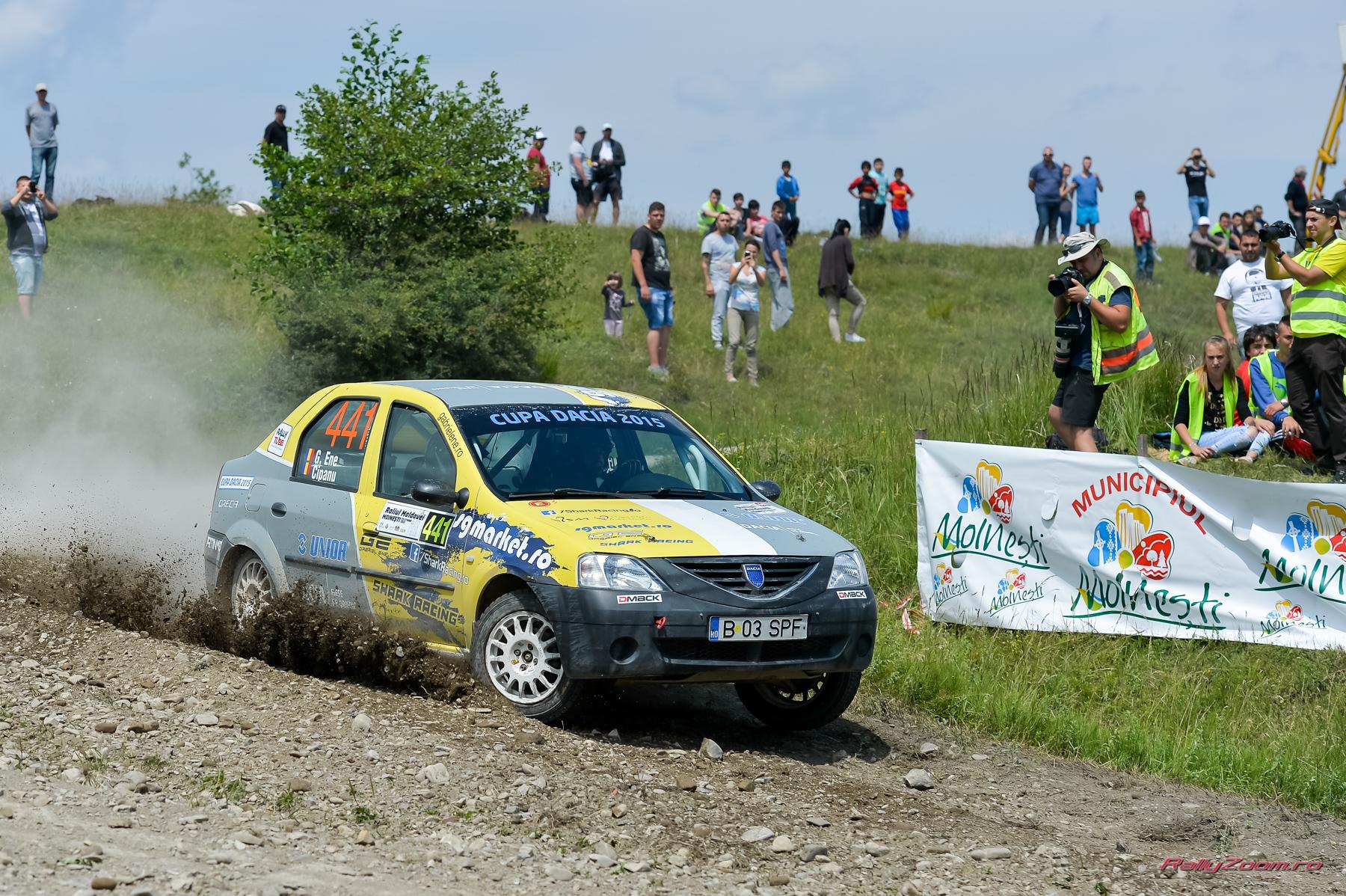 Echipajul Shark Racing revine la Dacia Logan pentru Raliul Iasului Cotnari