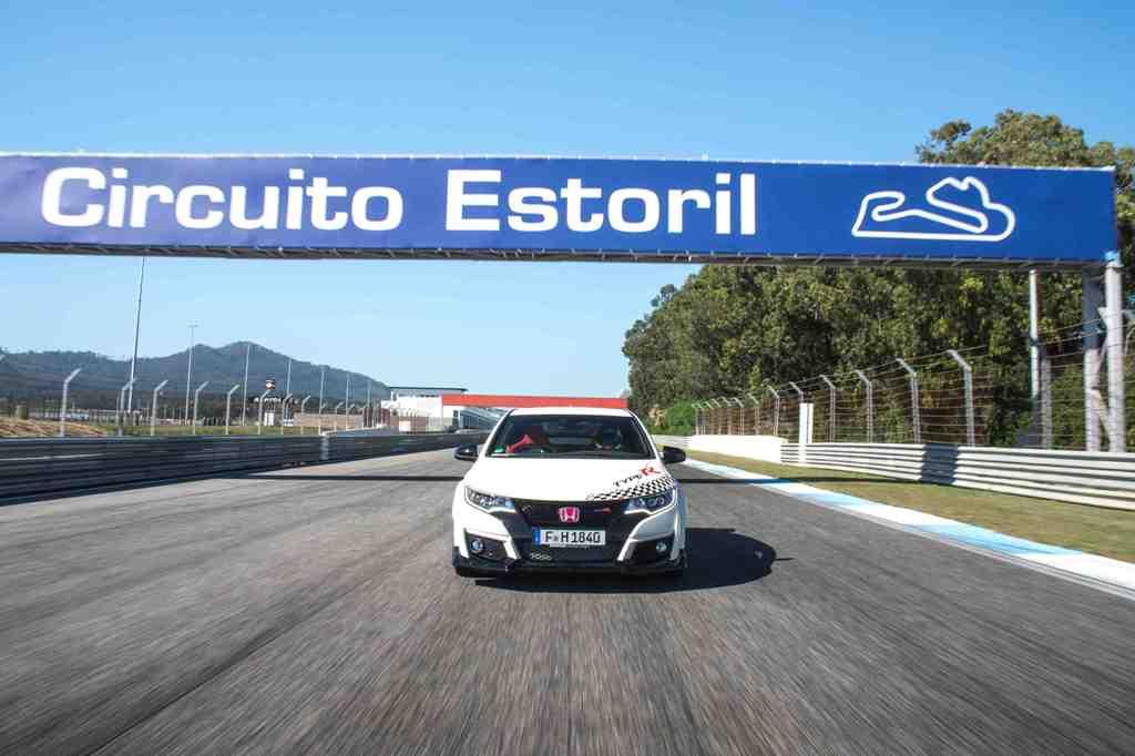 Honda Civic Type R stabileste 5 recorduri pe circuite