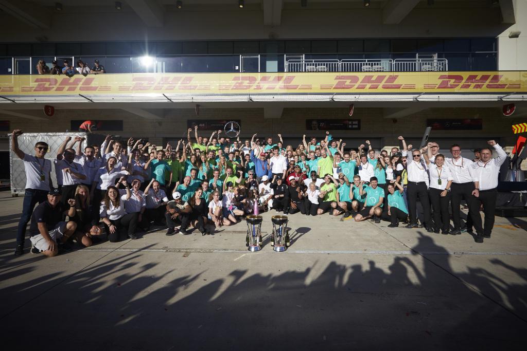 Lewis Hamilton castiga in SUA si aduce al patrulea titlu pentru Mercedes-Benz