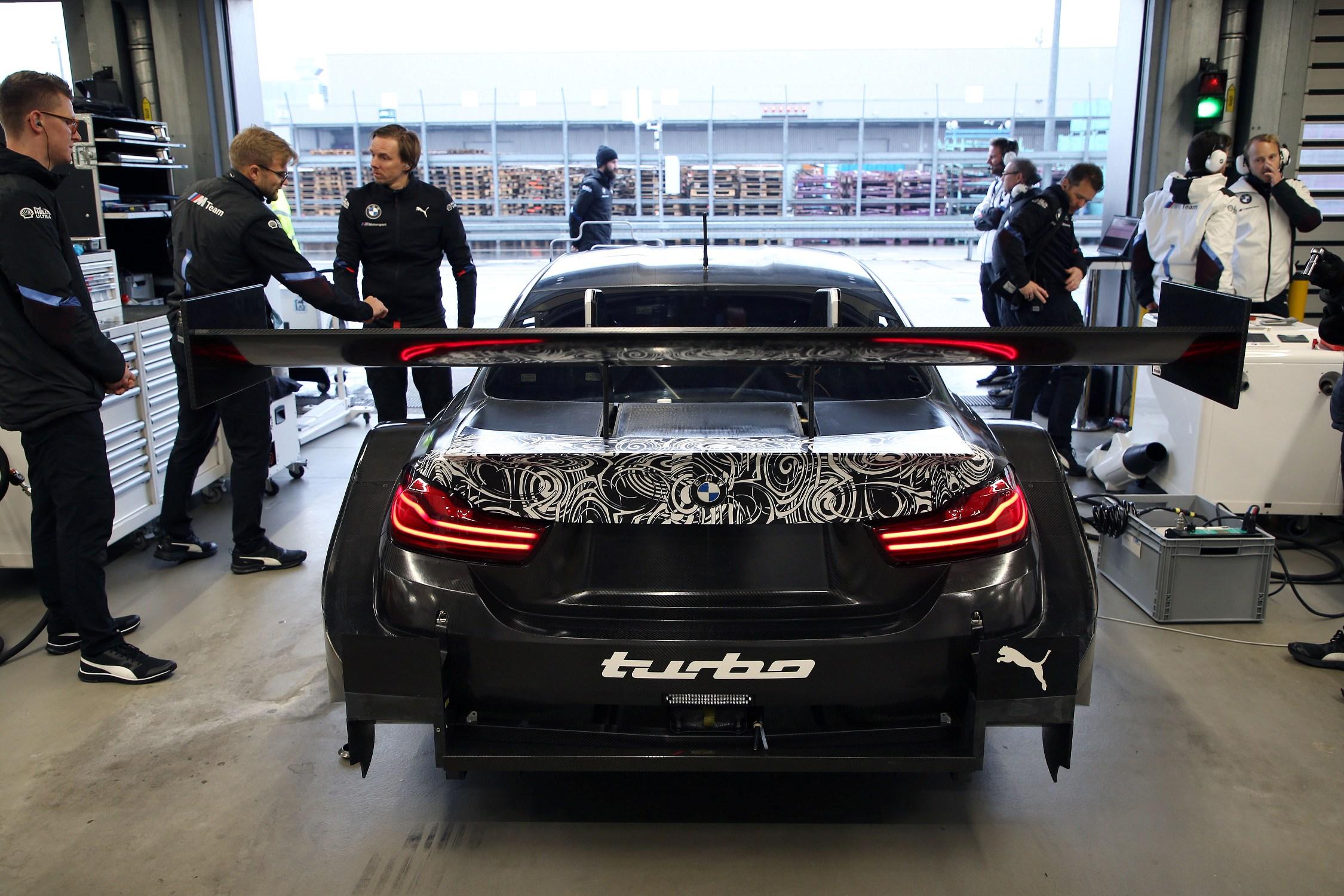 Bruno Spengler a prezentat in premiera noul BMW M4 DTM 2.0 Turbo