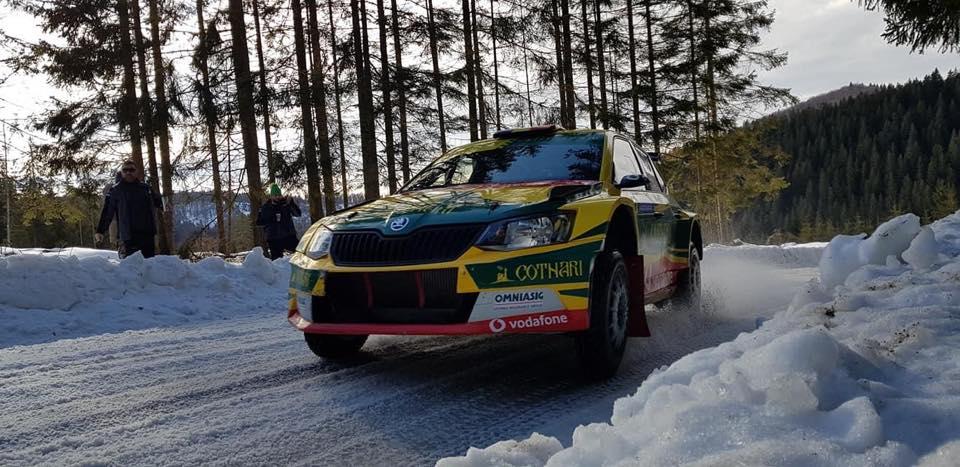"""""""Încălzire"""" pe zăpadă pentru echipajul Cotnari Rally Team"""