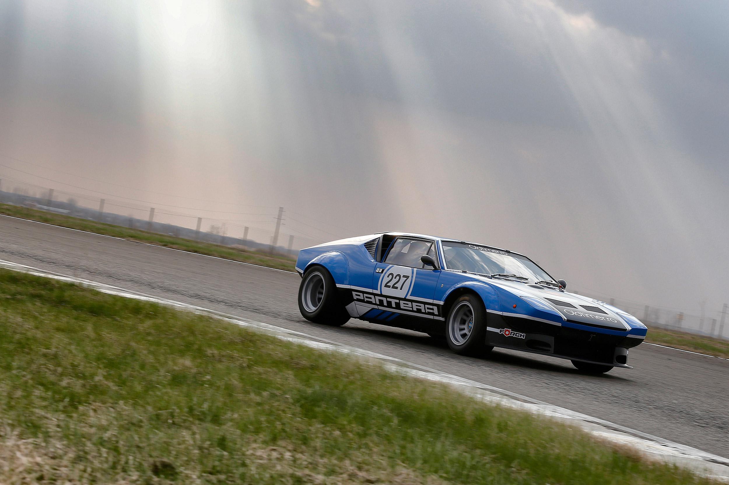 Romanian Retro Racing a avut parte de un start spectaculos