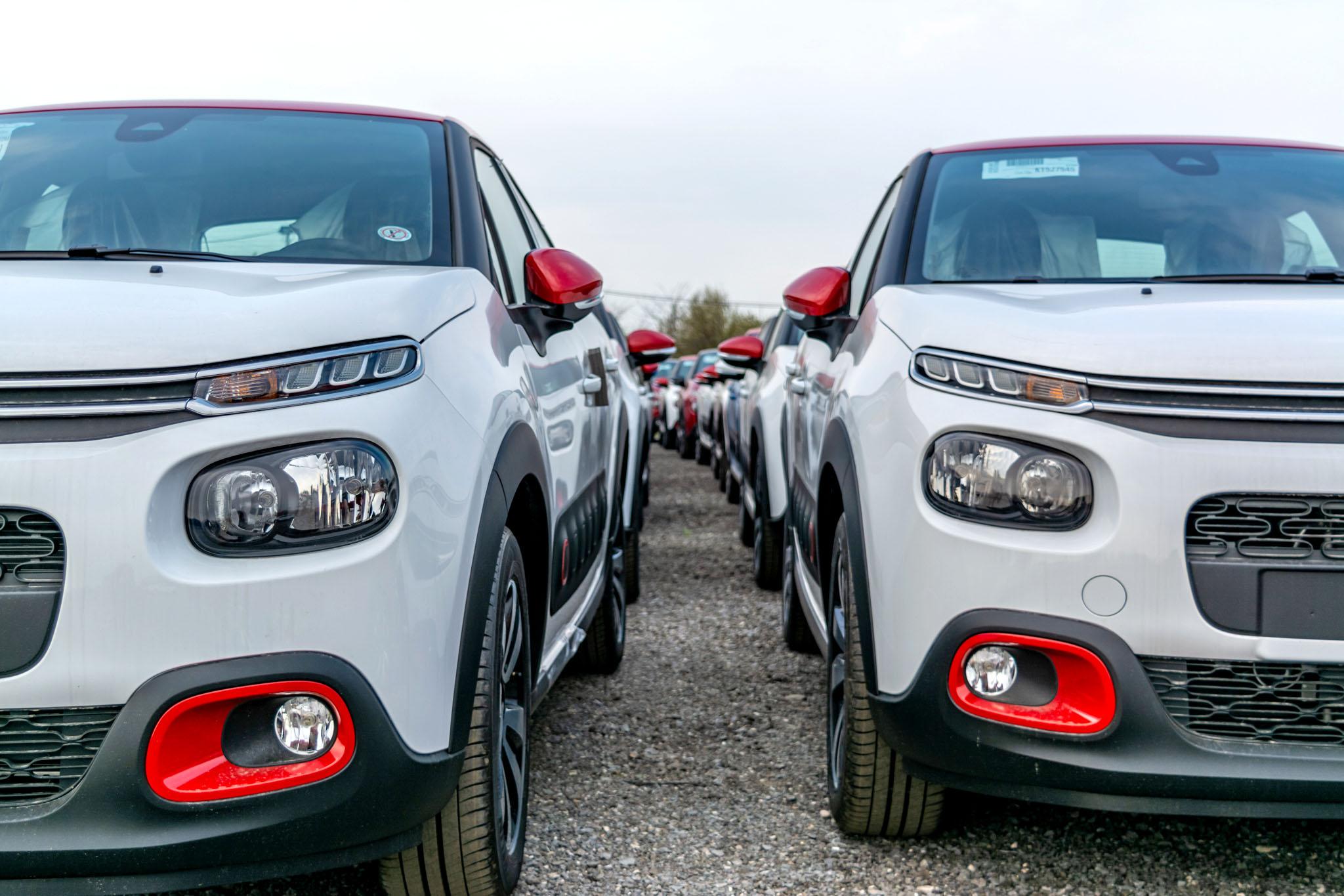 Trust Motors livrează 600 de mașini Peugeot și Citroën către Klass Wagen