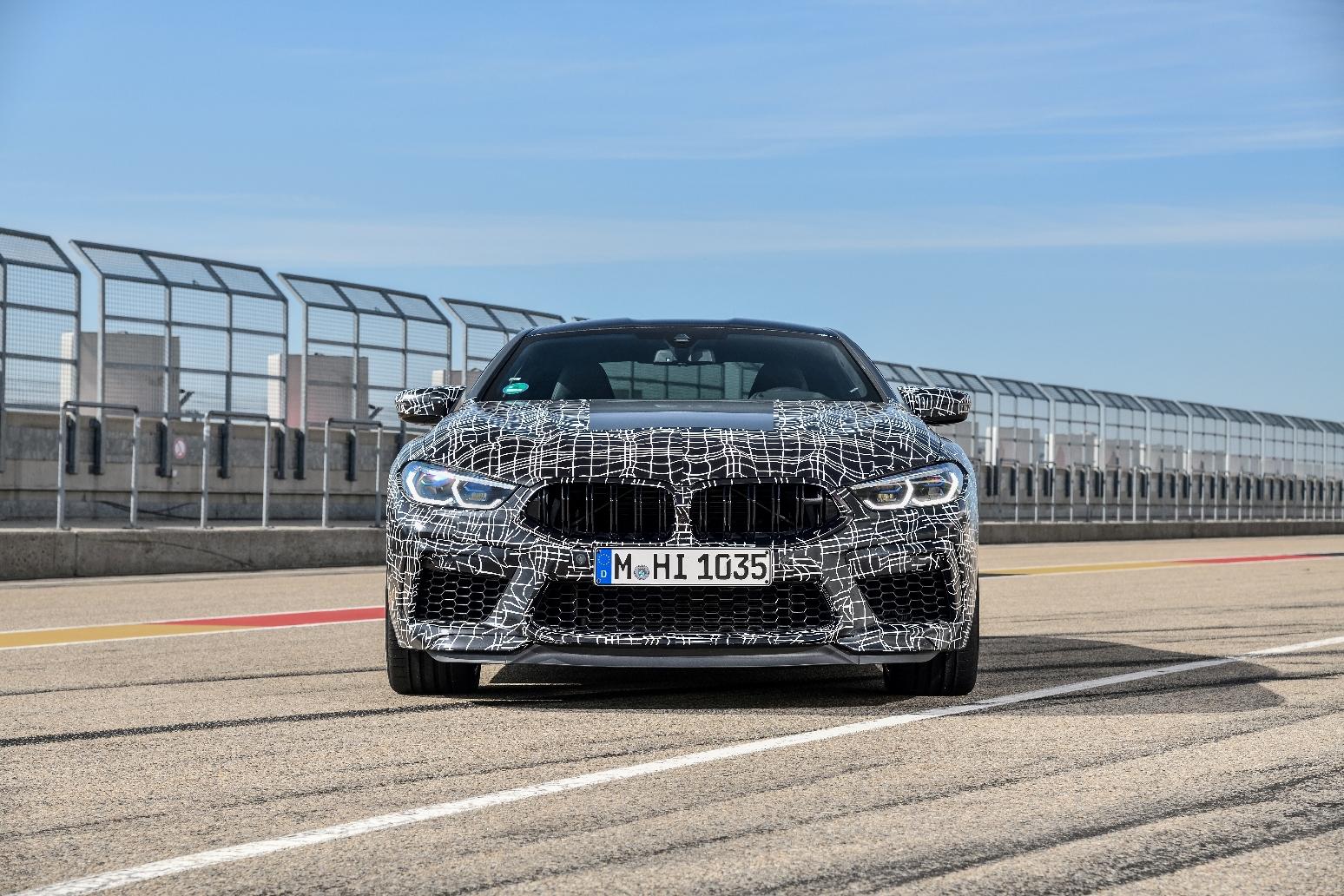 Premieră la noile BMW M8 Coupé şi BMW M8 Cabriolet