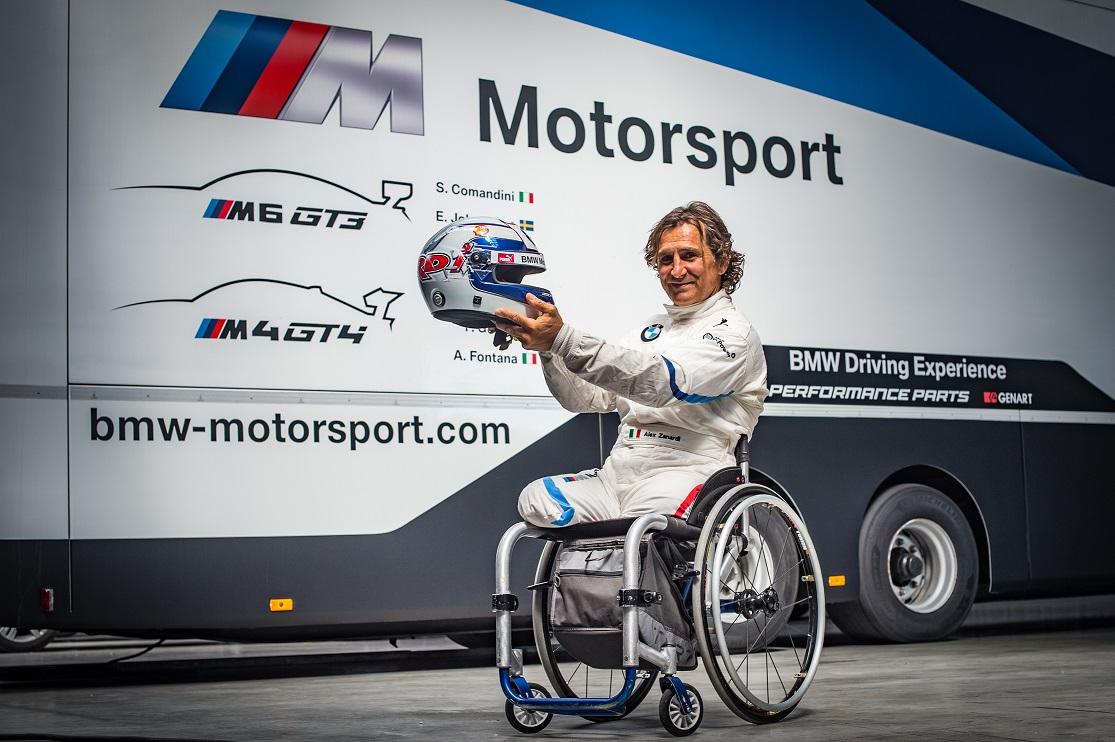 Alessandro Zanardi concurează în campionatul GT al Italiei