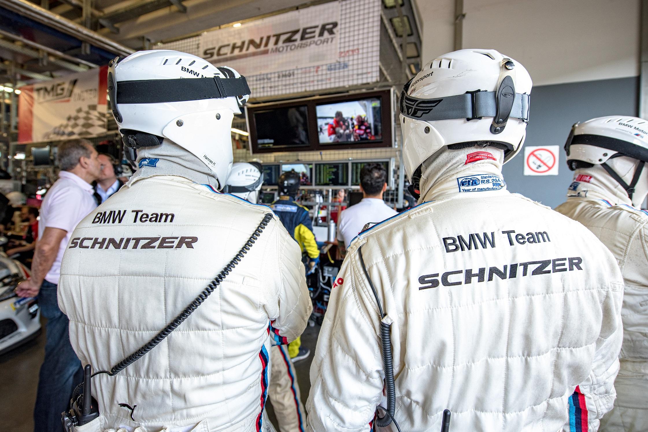 BMW Schnitzer dezvolta modelul M4 GT3