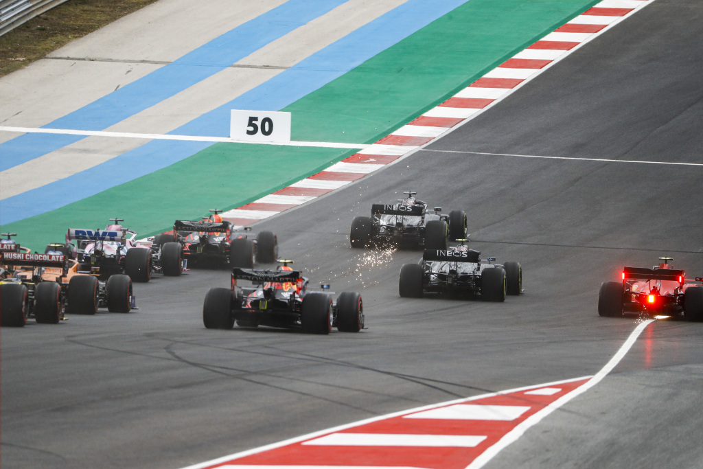 Hamilton doboară recordul de victorii in Formula 1