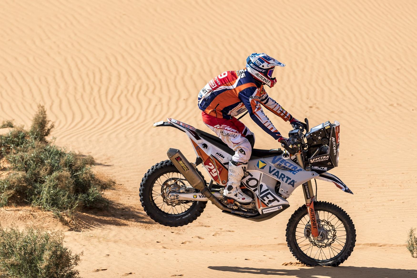 Mani Gyenes – pe locul 3 la jumătatea Dakar 2021